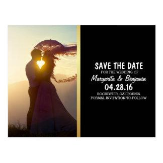 O romance Wedding do por do sol do casal/salvar a Cartão Postal