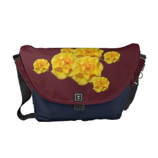 O rosa amarelo floresce messengerbag bolsa mensageiro