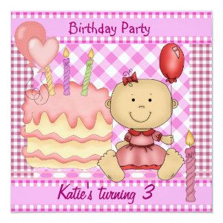 O rosa do aniversário de 3 anos da menina da convite quadrado 13.35 x 13.35cm