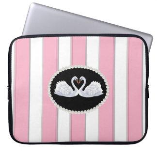 O rosa elegante listra a bolsa de laptop com capas de notebook