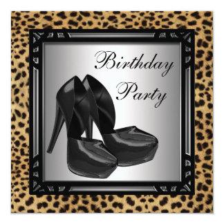 O salto alto preto calça a festa de aniversário do convite quadrado 13.35 x 13.35cm