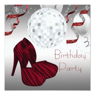 O salto alto vermelho da zebra calça a festa de convite quadrado 13.35 x 13.35cm