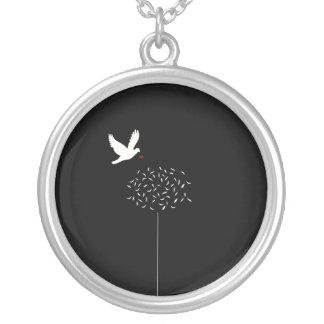 O significado da vida colar banhado a prata