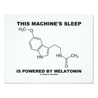 O sono desta máquina é psto por Melatonin Convite 10.79 X 13.97cm