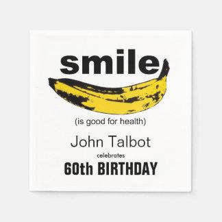 O sorriso é guardanapo de papel da boa 60th festa