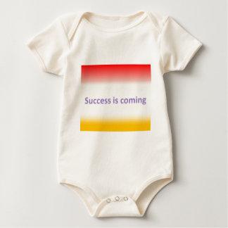 o sucesso está vindo body para bebê