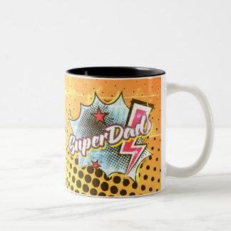 O super-herói cómico da caneca de café de SuperDAD