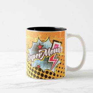 O super-herói cómico da caneca de café do SuperMOM