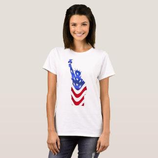 O t-shirt básico das mulheres da bandeira dos EUA Camiseta