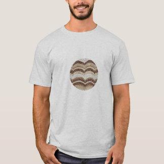 O t-shirt básico dos homens com mosaico bege