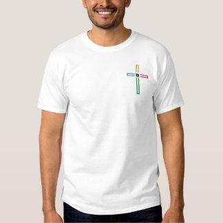 O t-shirt da cruz do evangelho