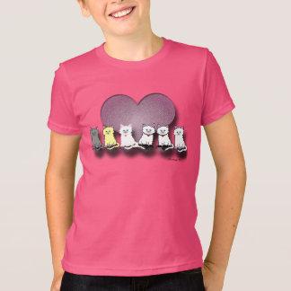 O t-shirt da menina dos namorados dos gatinhos em