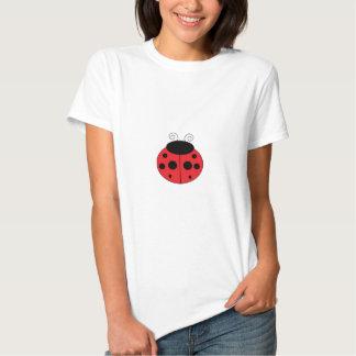 O t-shirt das mulheres do joaninha