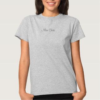 O t-shirt das mulheres, frase francesa