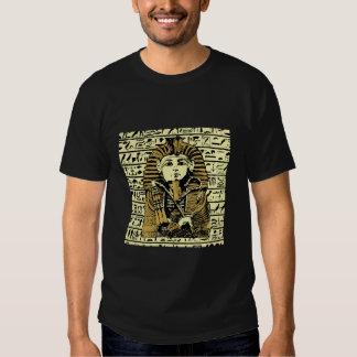 O t-shirt do faraó
