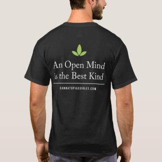 O t-shirt dos homens da mente aberta de Cannatopia Camiseta
