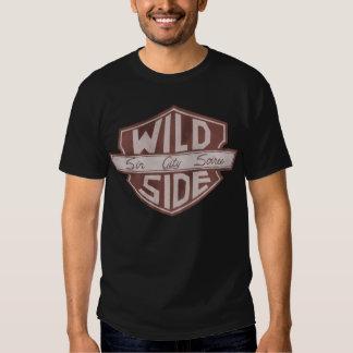 O t-shirt dos homens do logotipo do protetor de