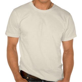 O t-shirt orgânico dos homens da cruz do ferro do