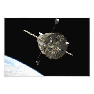O telescópio espacial de Hubble na órbita acima da Impressão Fotográficas