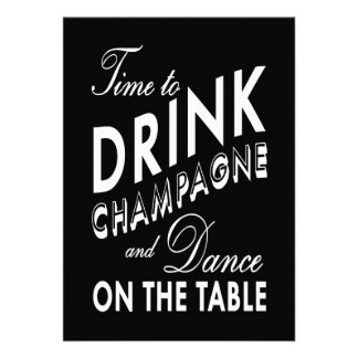 O tempo de ano novo preto beber Champagne convida Convite Personalizado