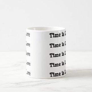 O tempo é caneca de café do amor