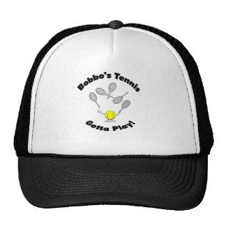 O tênis de Bobbo - o tipo chapéu do camionista Boné