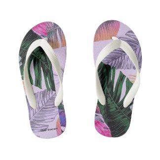 O teste padrão da planta tropical caçoa chinelos