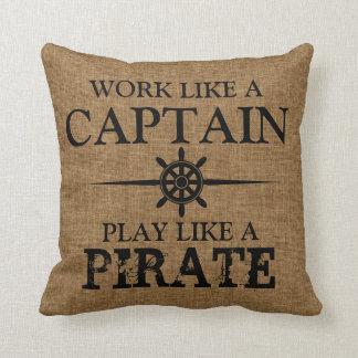O trabalho como um capitão, jogo gosta de um almofada