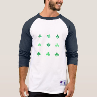 O trevo sae do t-shirt do Raglan dos esportes dos Camiseta