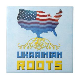 O ucraniano americano enraíza o azulejo