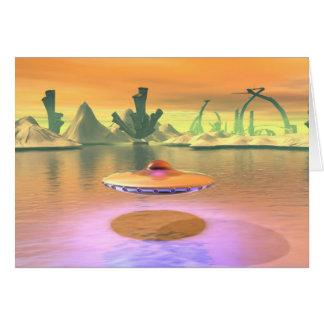 O UFO estrangeiro do lago descola o cartão
