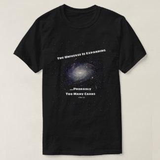 O universo está expandindo - uma camisa de MisterP