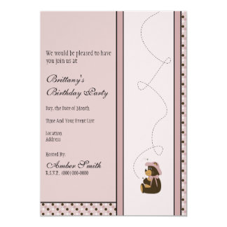 O urso de Brown bonito pontilha o convite Convite 12.7 X 17.78cm