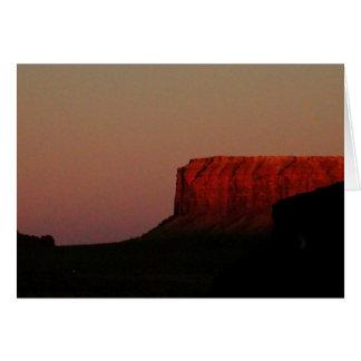 O vermelho de Sedona da arizona balança o cartão