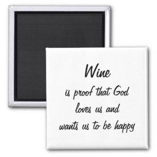 O vinho engraçado da imã de geladeira é prova amor