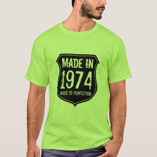 O vintage 1974 envelheceu à camisa da perfeição t