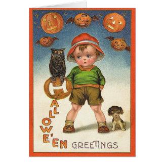 O vintage caçoa o cartão do Dia das Bruxas, o gato