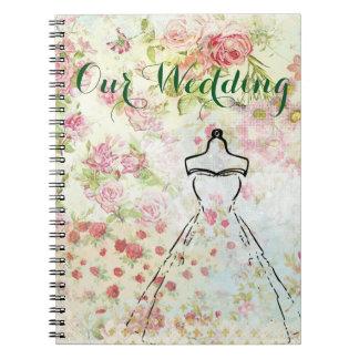 O vintage inspirou o caderno do plano do casamento