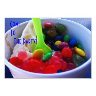 O Yogurt e os doces brilhantes da cor de Fixins Convite 8.89 X 12.7cm