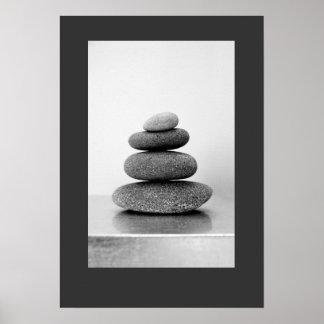 O zen empilhado apedreja o poster