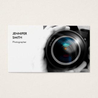 Objectiva simplesmente preto e branco do fotógrafo cartão de visitas