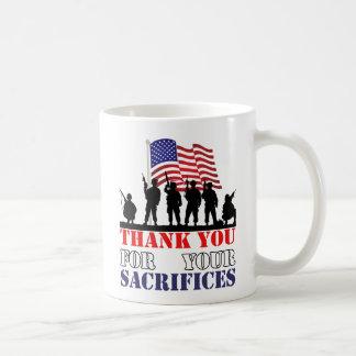 Obrigado caneca do dia de veteranos dos soldados