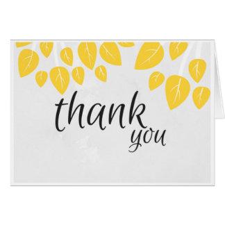 Obrigado cartão de nota com folhas amarelas