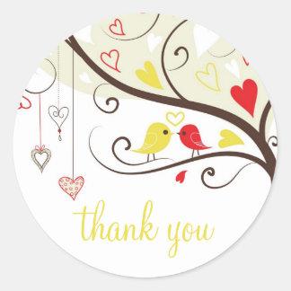 Obrigado vermelho e amarelo dos pássaros do amor adesivo