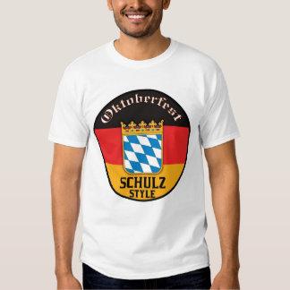 Oktoberfest - estilo de Schulz Camiseta