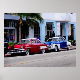 Oldtimer na movimentação Miami Beach do oceano Pôster