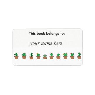 Olhando etiquetas afiadas do livro dos cactos