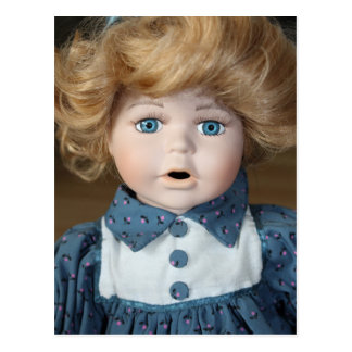 Olhos da mostra de fantoche da boneca cartão postal