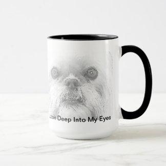 Olhos do cão de Bruxelas Griffon da caneca