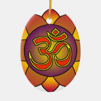 Om_in_anahatta_ (inclinações) ornamento de cerâmica